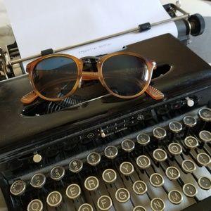 Persol Typewriter Edition 3180s